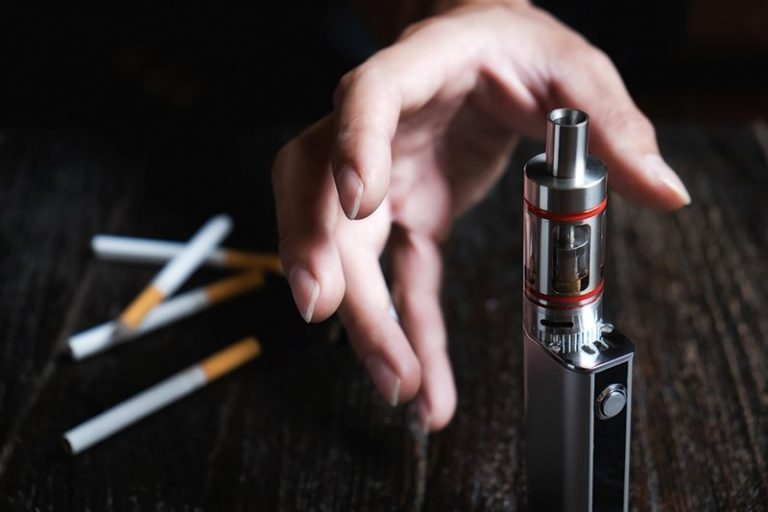 """Researcher worried law change could result in children being attracted to """"vaping"""""""
